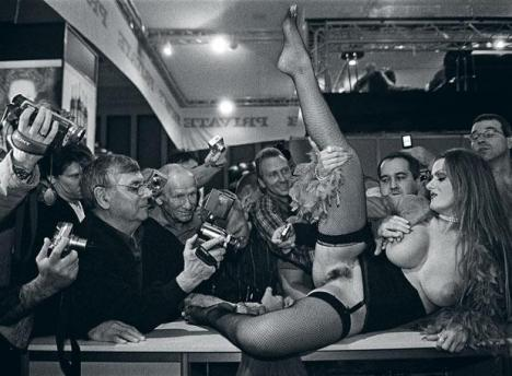 Feria erótica - Fotografia: Cristina García Rodero