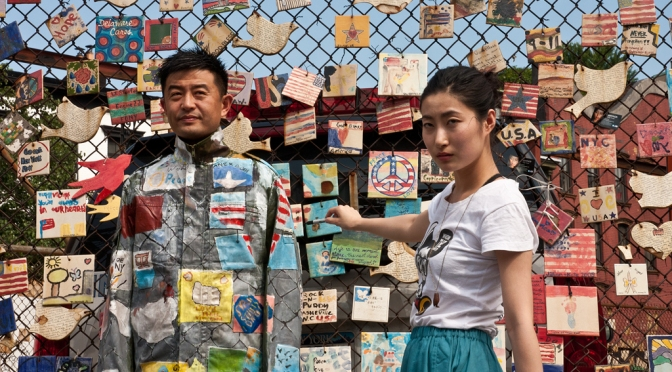 Liu Bolin, el artista que se convirtió en el hombre invisible
